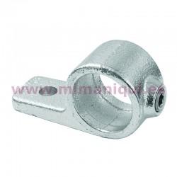 Suporta prestatge senzill per penjadors i prestatgeries.